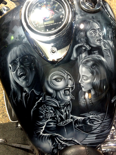 uncle-d-s-airbrushing-motorcycles-assorted-3