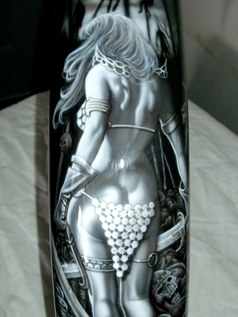uncle-d-s-airbrushing-motorcycles-women-6