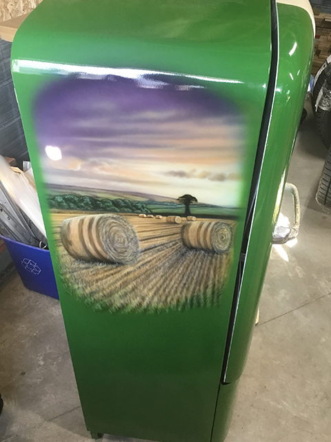 uncle-d-s-airbrushing-fridges-and-stuff-18