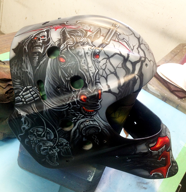 uncle-d-s-airbrushing-helmets-13