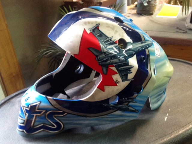 uncle-d-s-airbrushing-helmets-33