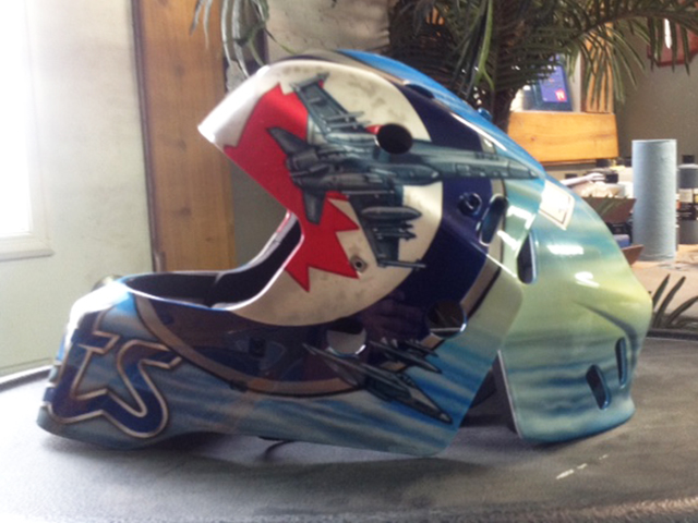 uncle-d-s-airbrushing-helmets-35