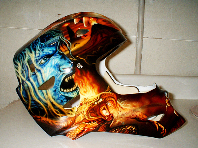 uncle-d-s-airbrushing-helmets-48