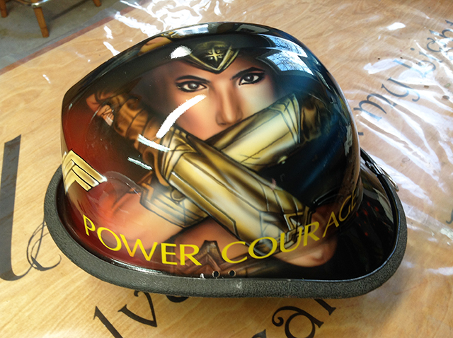 uncle-d-s-airbrushing-helmets-50