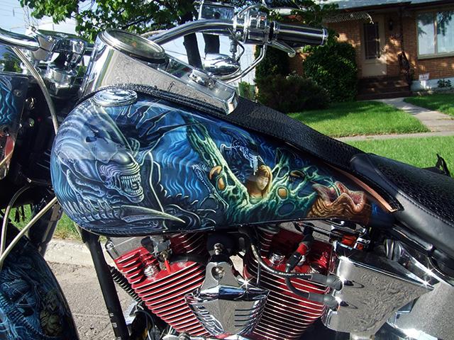 uncle-d-s-airbrushing-motorcycles-alien-vs-predator-2