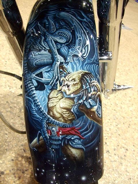 uncle-d-s-airbrushing-motorcycles-alien-vs-predator-6