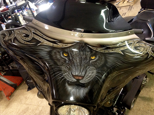 uncle-d-s-airbrushing-motorcycles-animals-4
