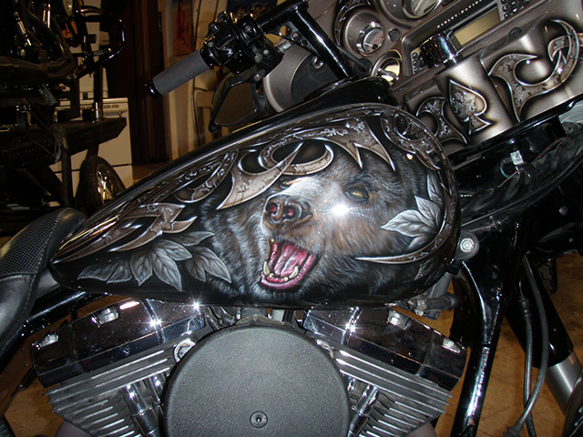 uncle-d-s-airbrushing-motorcycles-animals-5