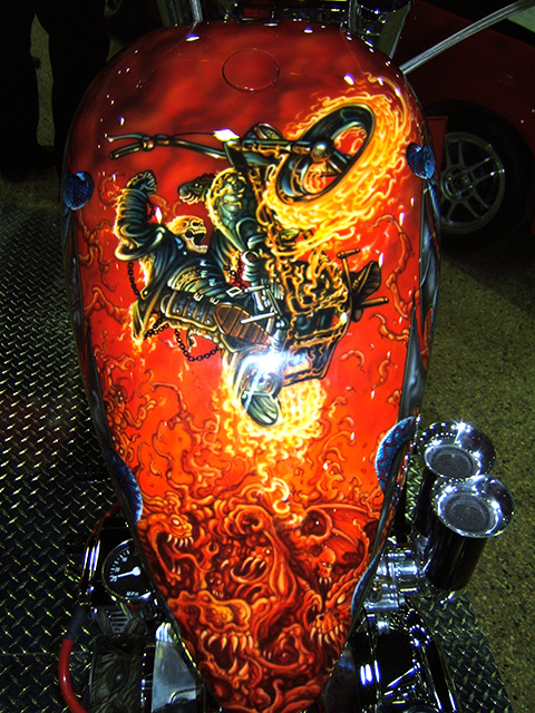 uncle-d-s-airbrushing-motorcycles-flames-14