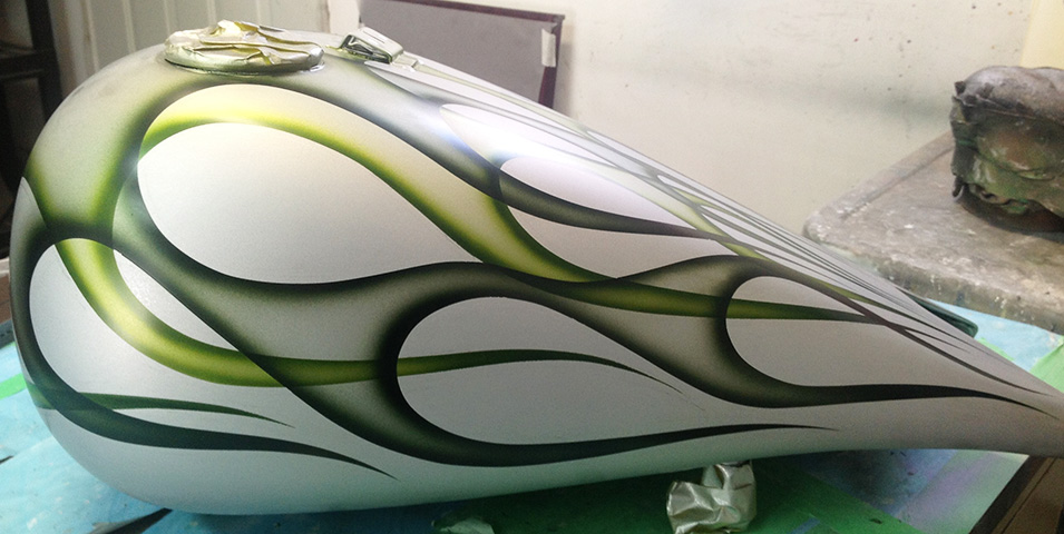 uncle-d-s-airbrushing-motorcycles-flames-19