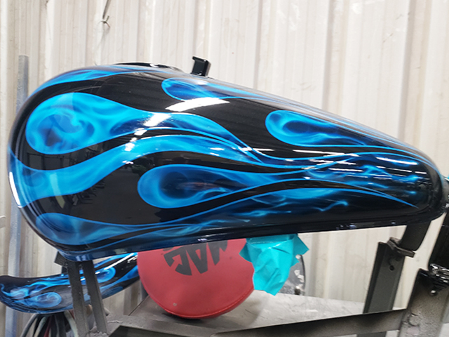 uncle-d-s-airbrushing-motorcycles-flames-21