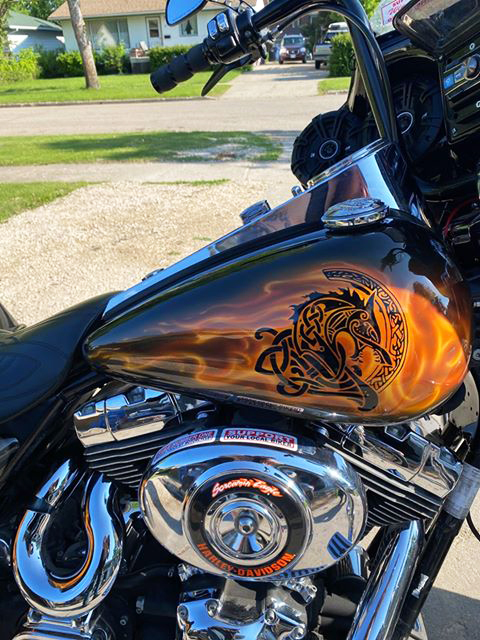 uncle-d-s-airbrushing-motorcycles-flames-6