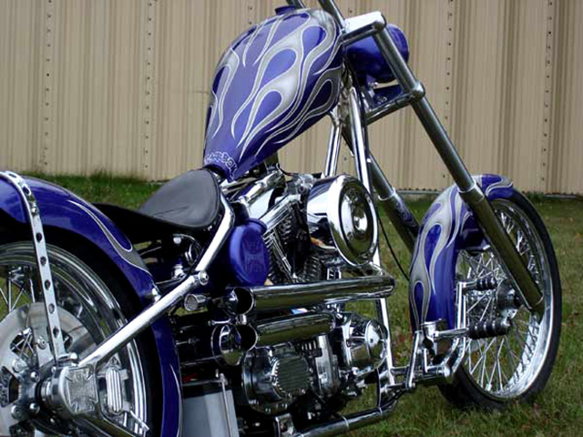 uncle-d-s-airbrushing-motorcycles-flames-9