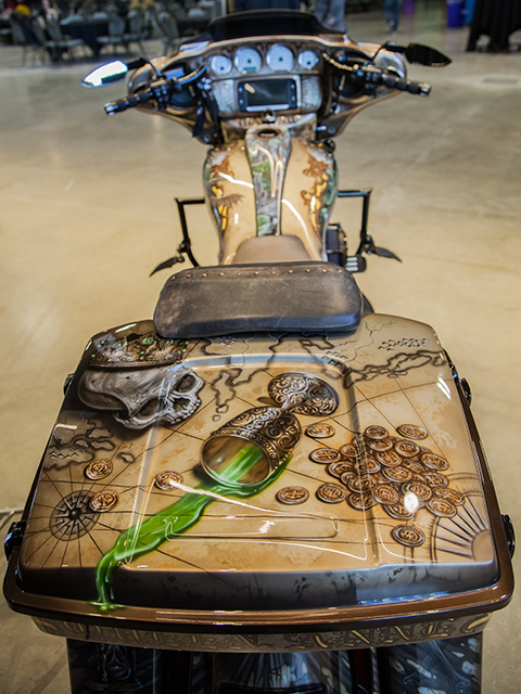 uncle-d-s-airbrushing-motorcycles-queen-anne-16