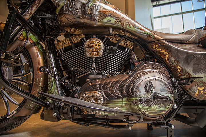 uncle-d-s-airbrushing-motorcycles-queen-anne-18