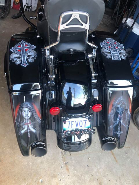 uncle-d-s-airbrushing-motorcycles-reapers-3