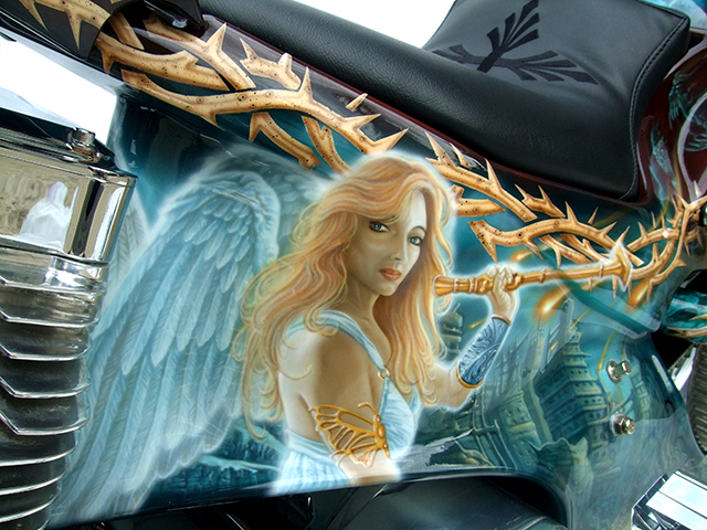 uncle-d-s-airbrushing-motorcycles-revelation-10