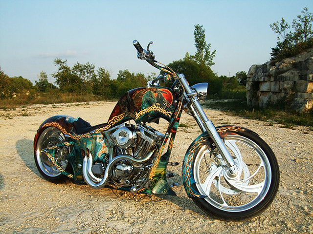 uncle-d-s-airbrushing-motorcycles-revelation-28