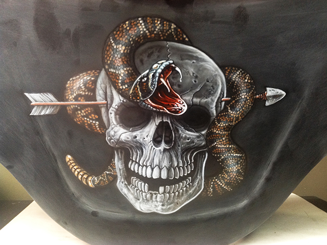 uncle-d-s-airbrushing-motorcycles-sculls-28