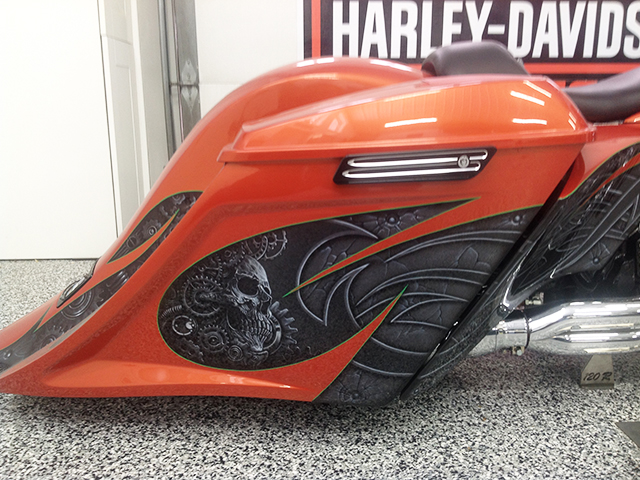 uncle-d-s-airbrushing-motorcycles-sculls-55