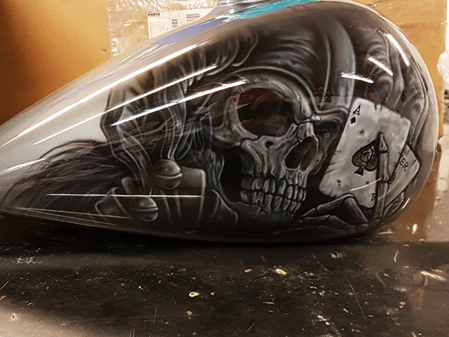 uncle-d-s-airbrushing-motorcycles-sculls-68