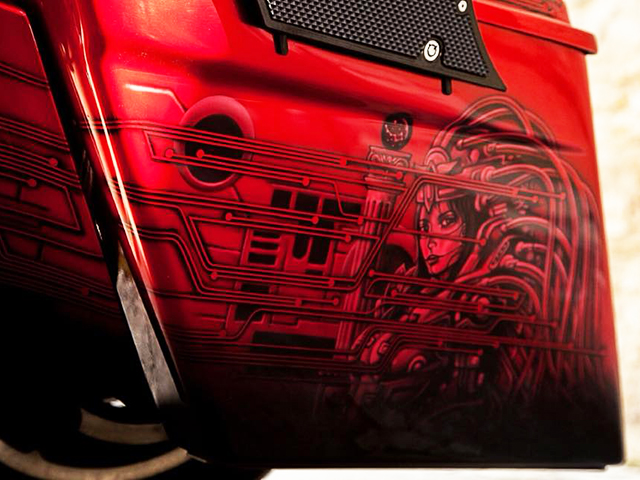 uncle-d-s-airbrushing-motorcycles-sculls-8