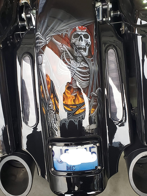 uncle-d-s-airbrushing-motorcycles-skulls-and-flames-f