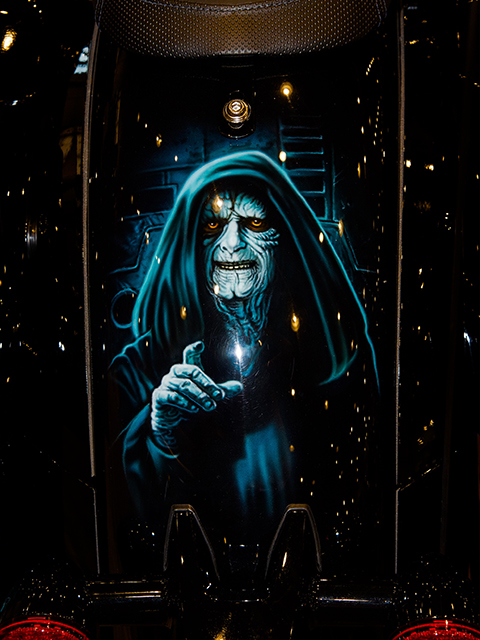 uncle-d-s-airbrushing-motorcycles-star-wars-14