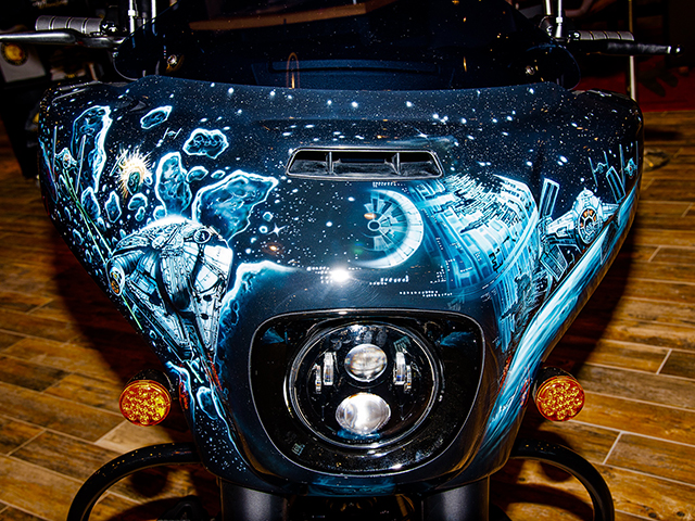 uncle-d-s-airbrushing-motorcycles-star-wars-18