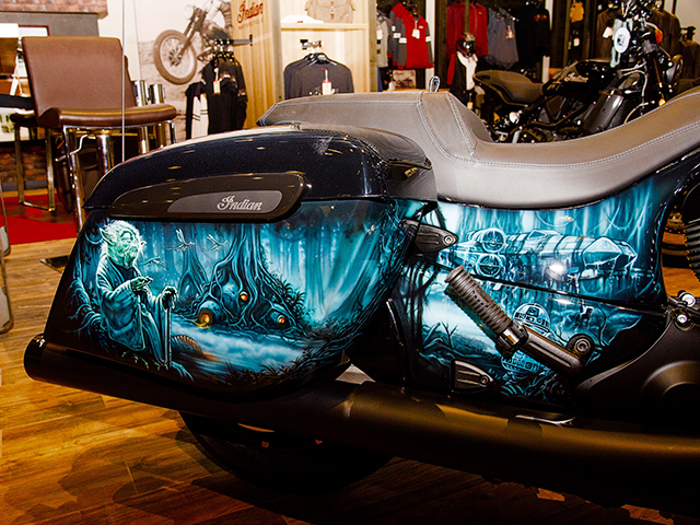 uncle-d-s-airbrushing-motorcycles-star-wars-23