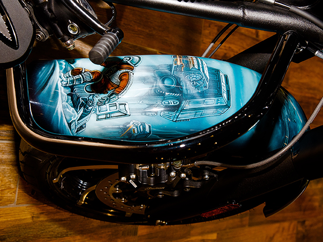 uncle-d-s-airbrushing-motorcycles-star-wars-25