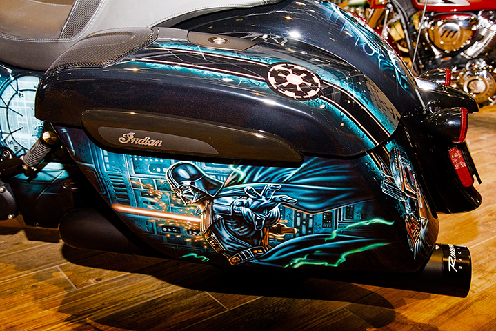 uncle-d-s-airbrushing-motorcycles-star-wars-26