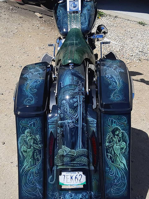uncle-d-s-airbrushing-motorcycles-unforgiven-1