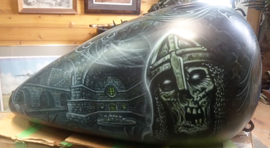 uncle-d-s-airbrushing-motorcycles-unforgiven-11