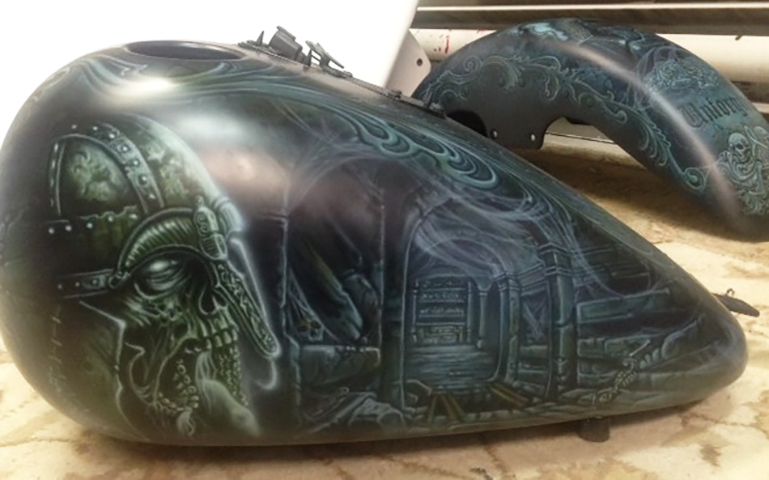 uncle-d-s-airbrushing-motorcycles-unforgiven-5