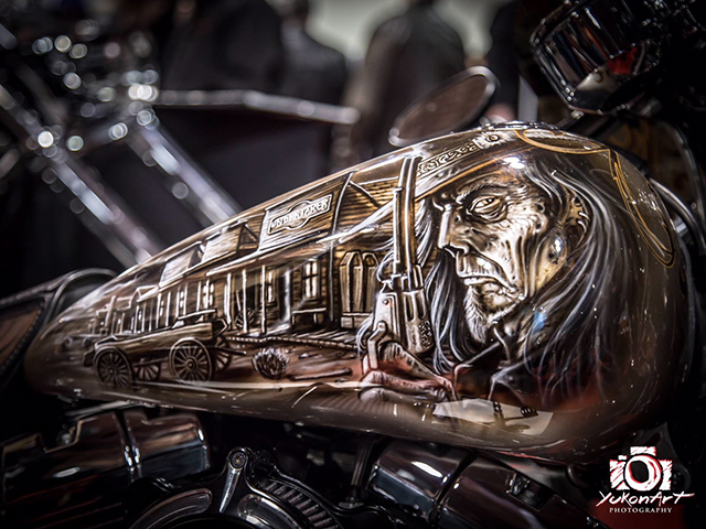 uncle-d-s-airbrushing-motorcycles-wild-west-1