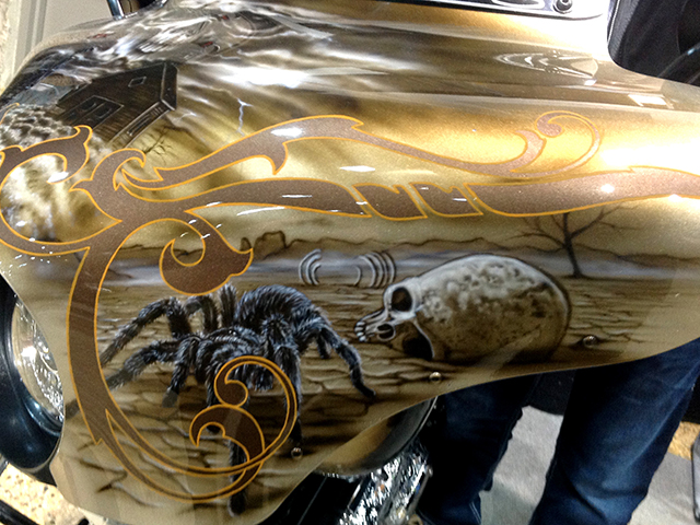 uncle-d-s-airbrushing-motorcycles-wild-west-13